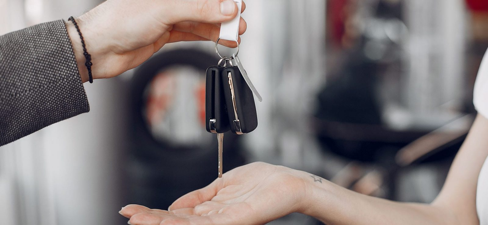 Motorlu Kara Taşıtları Alım Satım Danışmanı Kimdir